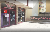 Pirana Playstation Cafe